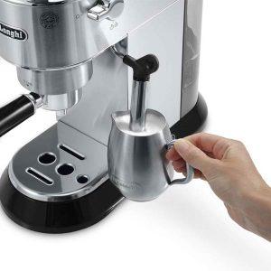 Macchina caffè e cappuccino