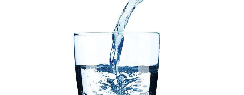 acqua per macchina del caffè
